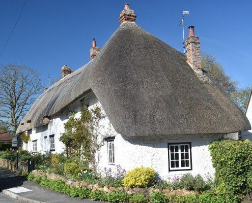 Pretty thatched cottages in Ashbury, near Wayland's Smithy