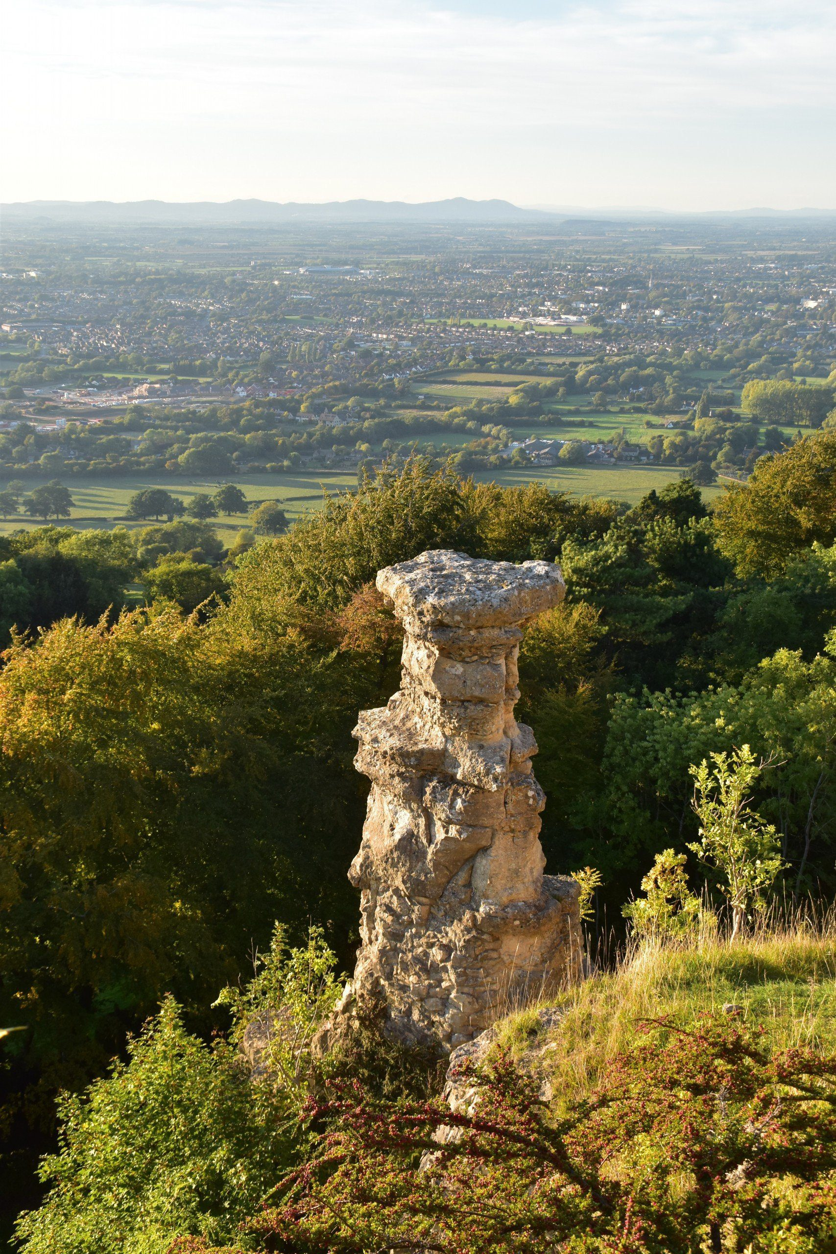 Devil's Chimney atop Leckhampton Hill